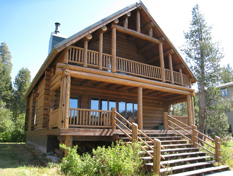 Rot Repair , Media Blasting, Sashco Stain, Tahoe, Donner, CA / Chink Style Log Home